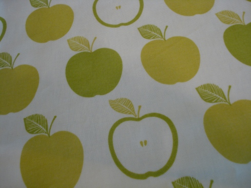 apple oilcloth